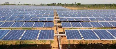 4MW horizontal single axis tracker in Vellakoil, Tamil Nadu, India. Image via Wi