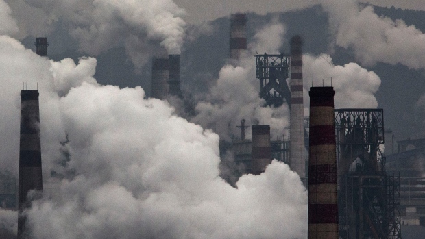 Michael Bloomberg is expanding his fight against climate change and air pollution to Europe.